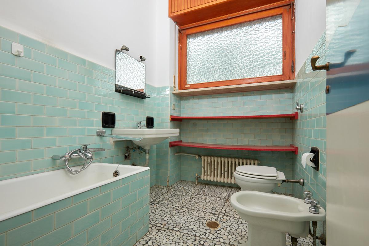 Beste Bad Renovieren Ohne Fliesen Bilder Von Wohndesign Dekorativ