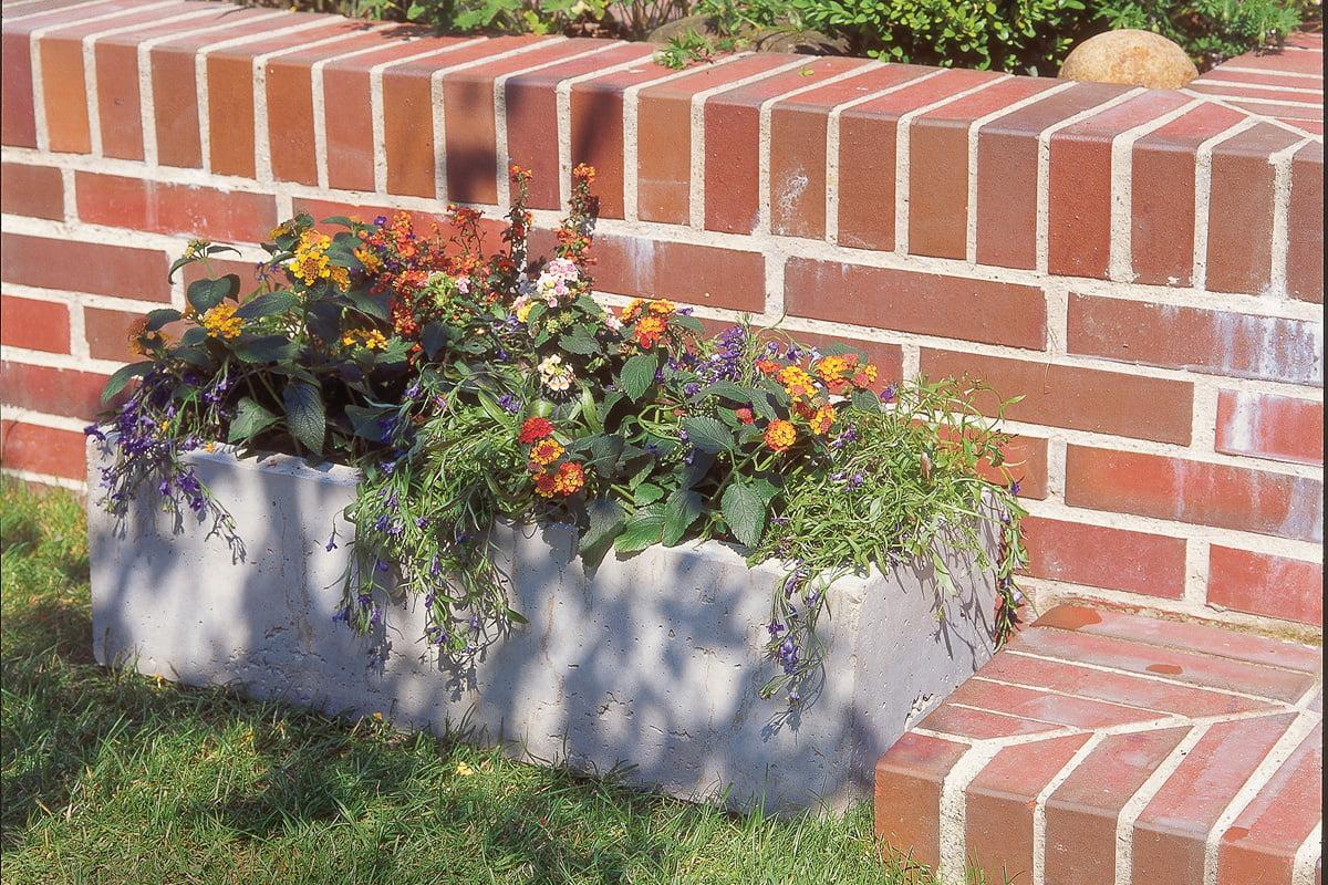Pflanzkubel Aus Beton Selber Bauen So Einfach Geht S