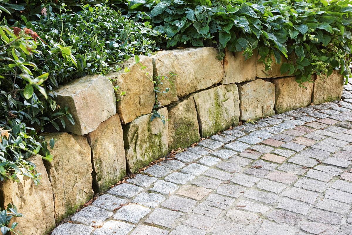 Trockenmauer Fur Den Garten Selber Bauen Selbermachen De